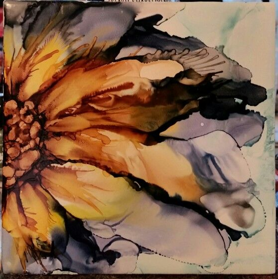 Flower in alcohol ink on tile denim, yellow and brown.  Blended with slight spray at middle.  Think I'll keep this one.