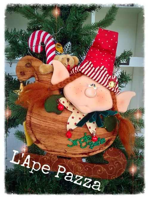 Cartamodelli babbi, renne elfi Natale 2015 : Cartamodello elfetta Favilla sulla slitta