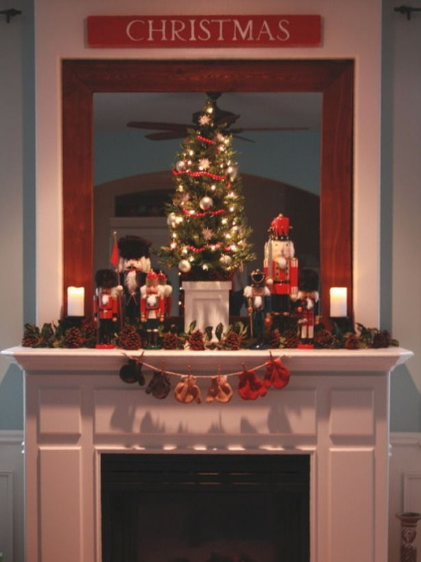 17 Glowing Holiday Mantels : Decorating : Home & Garden TelevisionHoliday Decoratingidea, Decor Ideas, Mantel Decor, Christmas Fireplace, Decorating Ideas, Living Room, Holiday Mantels, Christmas Mantles, Christmas Mantels