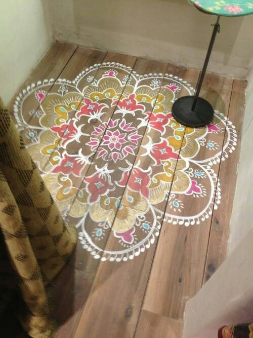 Stencil on wood flooring