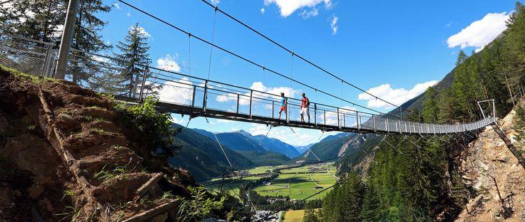Hängebrücke #Längenfeld, Ötztal, Tirol, Österreich #Bergwelt