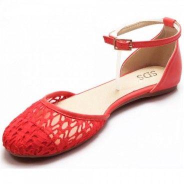 Diese süßen #Sandalen sind sehr dekorativ und ein Blickfang an jedem Fuß.Die Riemchen am #Schuh sorgen für Komfort und gutem Halt. Unser Preis: 10,50 €