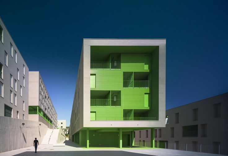Image 1 of 21 from gallery of 317 Social Housing Units / SV60. Photograph by Jesús Granada
