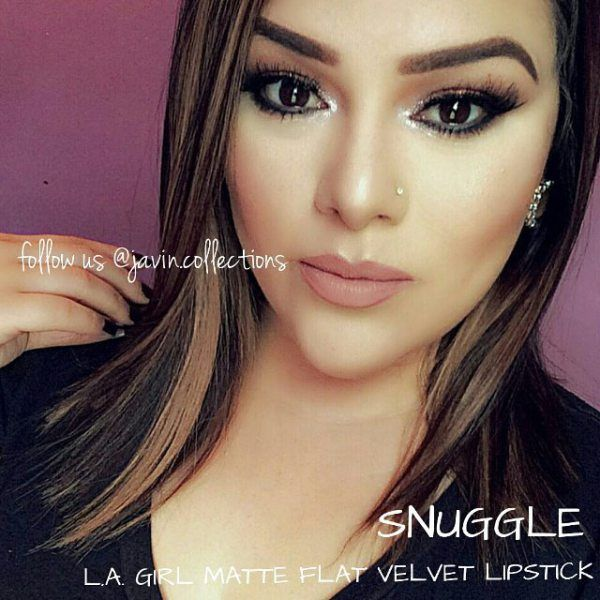 The LA Girl matte flat velvet lipstick snuggle basically come in nude color. However, the color is not too soft that it is pale. Instead, the nude have a hint of brown to make the lips looks more alive. Therefore, the color is matching perfectly with your lips but it is a little bit darker so the lips will not look pale. This kind of shade is very popular today, and it is one of the most favorite colors that this brand has.