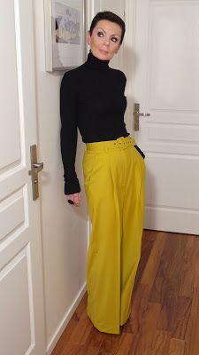 les 25 meilleures id es concernant pantalon moutarde sur pinterest tenue jeans moutarde. Black Bedroom Furniture Sets. Home Design Ideas
