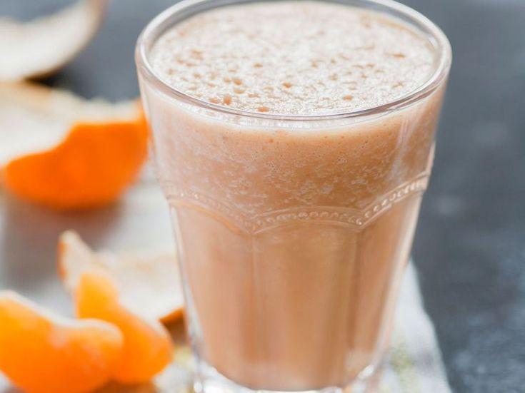 Découvrez la recette Smoothie mandarine sur cuisineactuelle.fr.