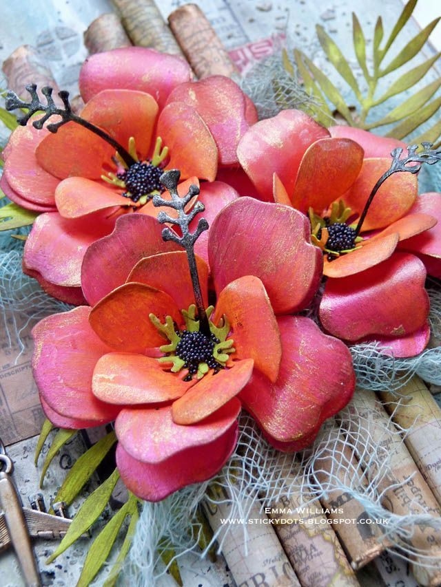 Emma Williams: Paper flowers created using Sizzix dies by Tim Holtz