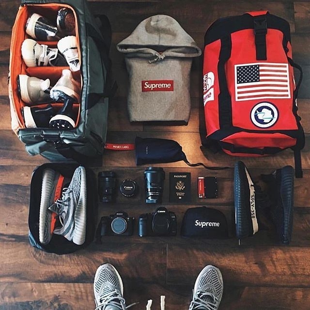 Make Traveling With Sneakers Easy By Combining Combining Shoe
