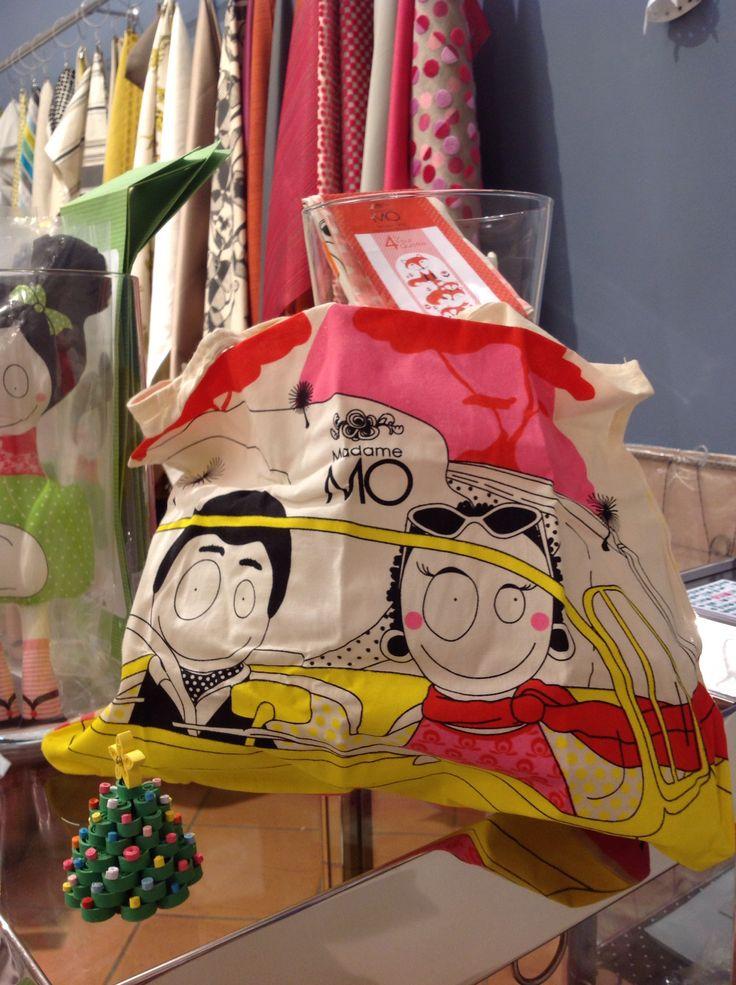 #MadameMo....coton-print bags