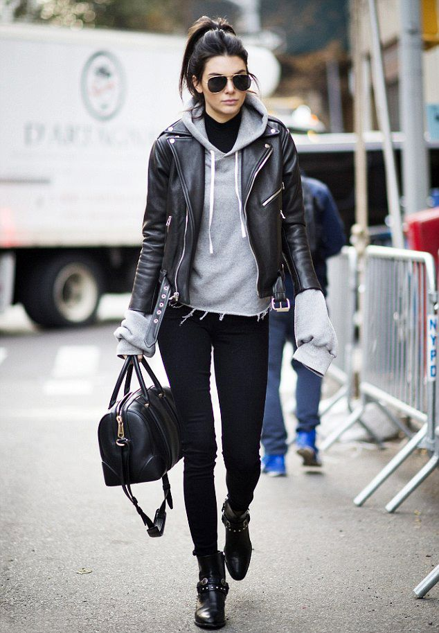 Kendall Jenner arriving at the Victoria's Secret headquarters in New York City on November 9, 2015.