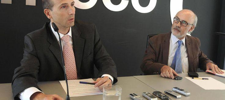 No sólo Jenaro García engañó a los accionistas y a los clientes de Gowex, a los organismos supervisores de las bolsas y a todas las instituciones que le premiaron como ejemplo de emprendedor. El escándalo de la empresa de wifi también salpica a Juan Junquera, el exsecretario de Estado de Telecomunicaciones, que formaba parte del consejo asesor de la compañía a la que le dio subvenciones antes de dejar el Ministerio de Industria.
