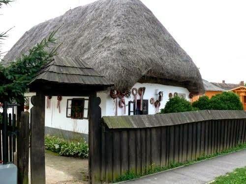 Hungarian farmhouse, (Móricz Zsigmond szülőháza - Tiszacsécse)