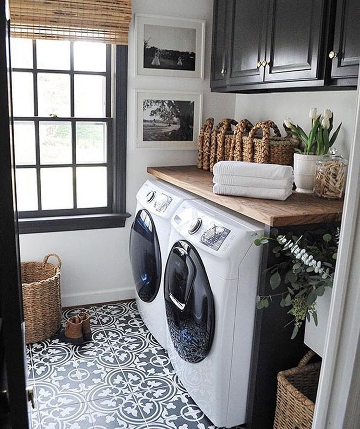 Love the countertop over washer/dryer