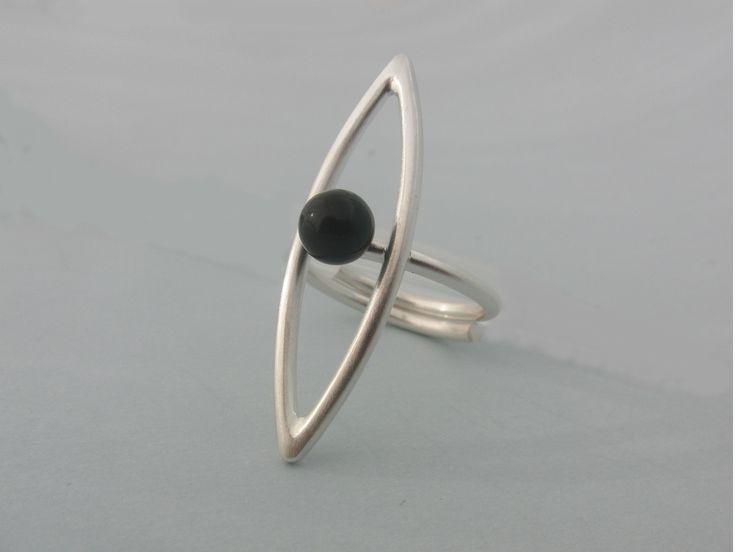 Handmade silver ring with onyx