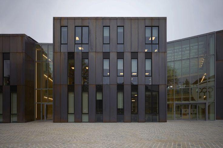 Городская архитектура: современный экстерьер здания в Жамблу - Фото 6