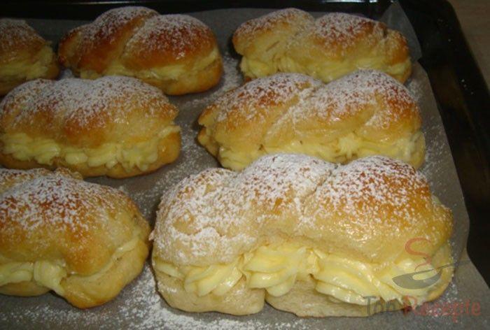 Immer wieder lese ich, wie lecker sie sind. Ich musste sie einfach ausprobieren. Und es stimmt – sie sind fantastisch, und waren sofort weg! Habt ihr sie schon mal gebacken?