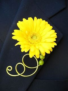 Gerbera Daisies and Mini-Gerbera Daisies add a festive touch. This is a fun idea for a simple boutonniere with a pop of color.Gerber Daisies, Groomsmen Boutonnieres, Gerbera Daisies, Yellow Wedding, Boutonnieres Ideas, Cute Ideas, Gerbera Daisy, Daisies Boutonnieres, Wedding Boutonnier