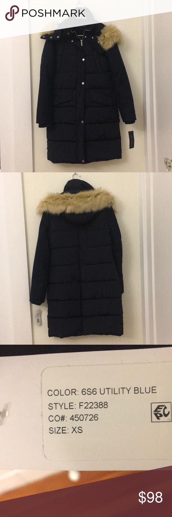 Nwt French connection puffer cost xs Brand new with tag - navy not black. Very warm. French Connection Jackets & Coats Puffers