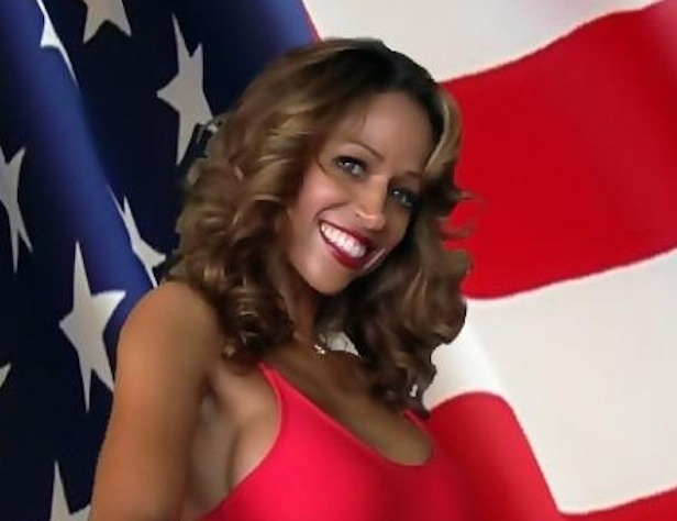 Stacey Dash Endorses Romney, Twitter Explodes