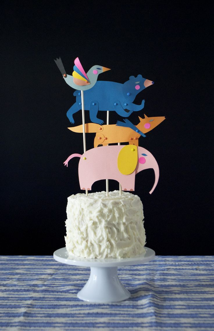 Use the paper puppets from Mer Mag's book PLAYFUL for birthday cake and cupcake toppers! #playful #playfultoysandcrafts #mermag