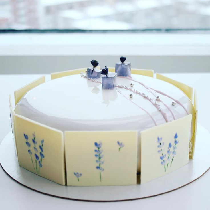 «Ну и напоследок в полный рост // blackberry-lavanda cake #торт #тортекб #тортназаказ #тортекб #тортекатеринбург #екатеринбург #екб #муссовыйторт…»