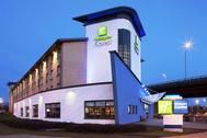 Glasgow Airport Hotels - Deals at Holiday Inn Express, Premier, Travel Lodge, Marriot.