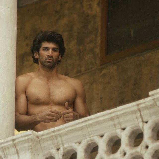 Aditya Roy Kapur's unassuming good looks, intense eyes and boyish flair are irresistible. His lover-boy image in Aashiqui 2 made the ladies go absolutely crazy and it's safe to say that this first look from Fitoor will lead to quite a few fainting spells. And on his birthday, we're making him the centre of our attentions as our pick for #ManCrushMonday.