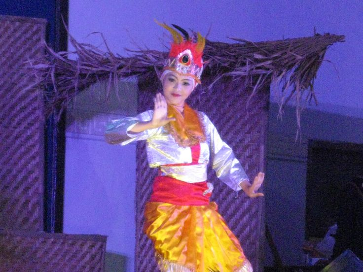 traditional dance roro ngigel