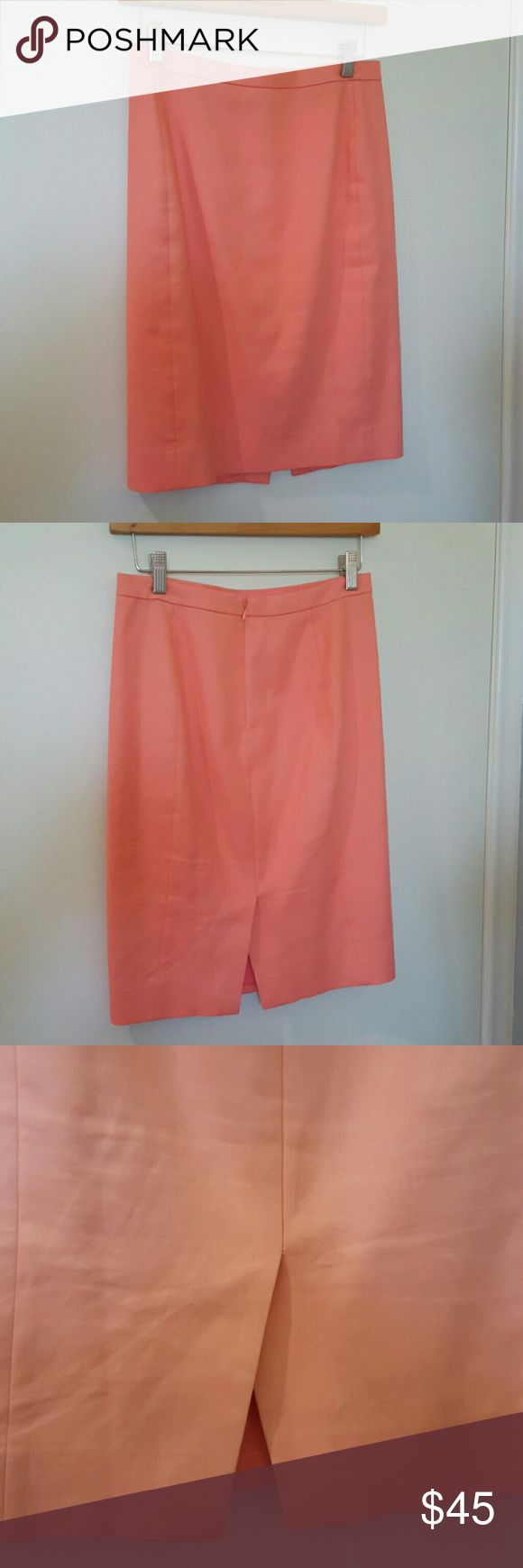 "J.Crew Light Coral Pencil Skirt 00 J.Crew cotton pencil skirt.  Light coral.  100% cotton, fully lined. Size 00 or women's XS.  Perfect spring and summer skirt for the office!  This light pinkish coral color is gorgeous! Good condition with slight wear. Back zip and vent at hem.  Hits at knee.  Measures 26.5"" waist, 34"" hip, 21.5"" length. J. Crew Skirts Pencil"