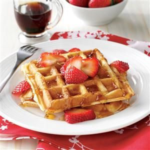 30 Breakfast Recipes Ready in 30 Minutes                     -                                                   Have breakfast or brunch on the table in 30 minutes or less with these easy ideas for morning meals. Your family will love quick favorites like waffles, eggs in muffin cups, French toast, pancakes, breakfast casseroles, omelets and more breakfast recipes.