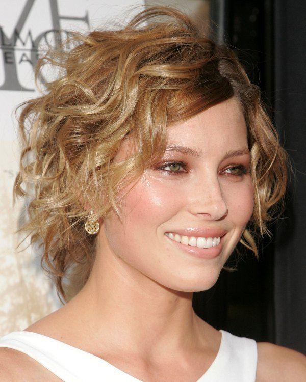 Veja nesta matéria dicas de cuidados, cortes e penteados para cabelo fino ou ralo