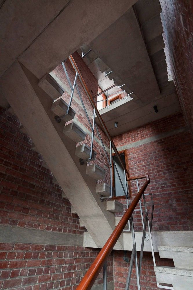 Edificio de Viviendas en Nueva Delhi / Vir.Mueller architects (16)