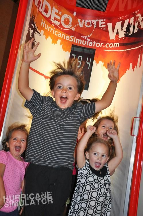 Fundomondo hurricane simulator   #fundomondo #westislandkidsamusement
