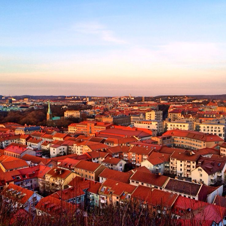 Sol över taken i Göteborg