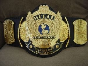 Top 4 WWE Champions of #RAW1000