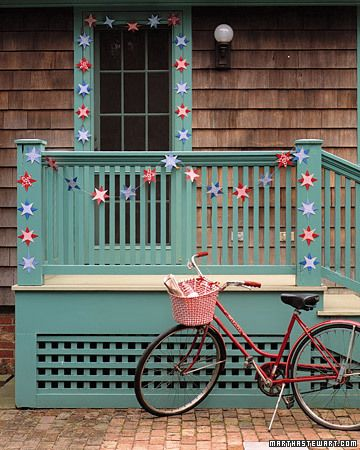 19 Paper Decoration Ideas For The 4th of July | DigsDigs/