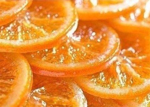 Ингредиенты: 1 кг. апельсинов 400 г. коричневого сахара 100 г. воды Приготовление: 1. По возможности лучше брать апельсины среднего размера. 2. Нарезать фрукты кружочками шириной 0,5 см. 3. Возьмит…