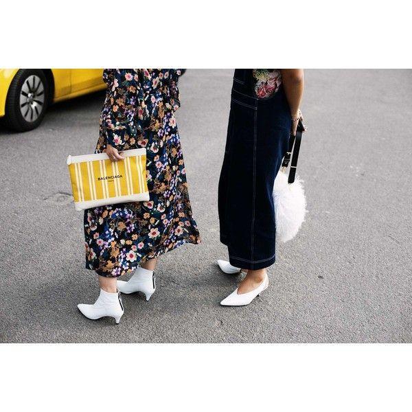 Estos son los botines de la temporada (y sabemos dónde encontrarlos) - Botines blancos   Galería de fotos 11 de 25   Vogue