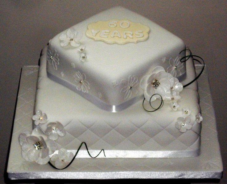 Wedding+Cakes+With+Diamonds   Diamond wedding cake