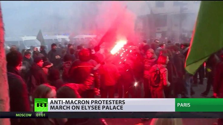 Reform backlash: Anti-Macron protesters march on Elysee Palace - YouTube