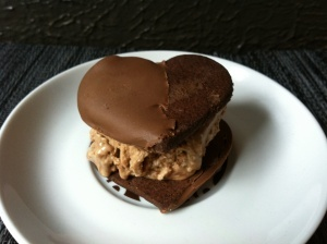 valentine treats valentines day ice cream cookie sandwich sparkle i ...