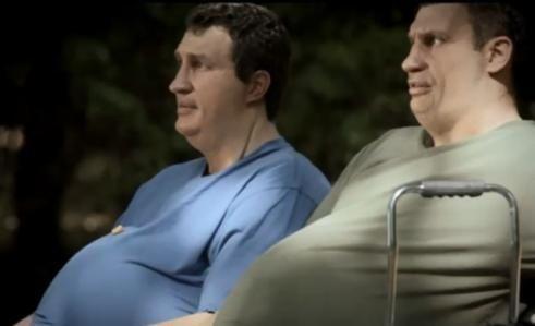 Der neue McFit-Werbespot: Die Klitschko-Brüder dick im Alltag   Sports Insider Magazin