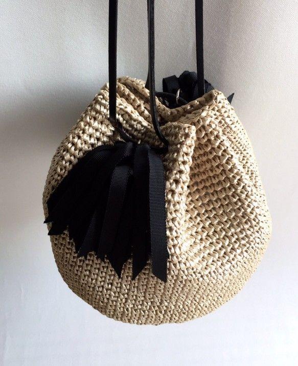 タッセル巾着ショルダーカゴバッグ『Coron』ブラック