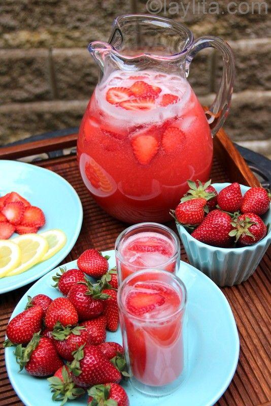 strawberry lemonade recipe..one of my favorite drinks..definitely trying