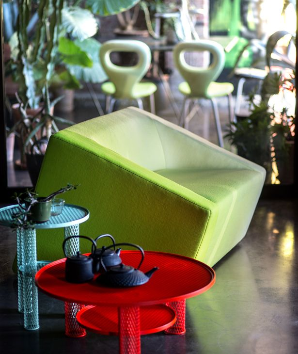 http://www.moroso.it/catalogo/blur-divano/