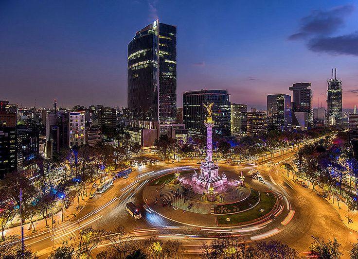 El Angel de la Independencia, Reforma, Mexico City, Mexico.