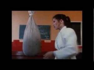 Kung Fu Midget Fights Sexy Karate Woman! – Funny Video – Mini Me 007 -…