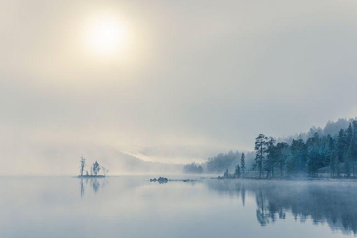 Лапландия финляндия, инариярви, озеро, туман.