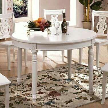 Okrągły stół z serii Księżniczka #Bemondi
