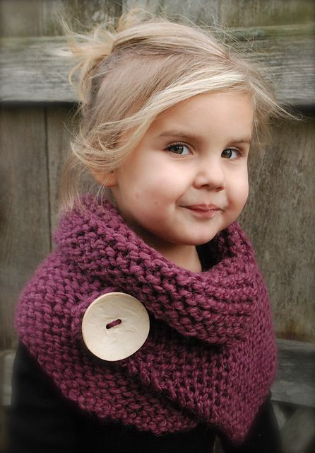 Ravelry: Project Gallery for Boston Cowl pattern by Heidi May